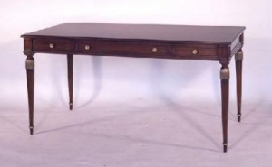 Elegant Table Desk