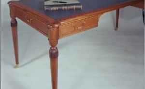 Table Desk
